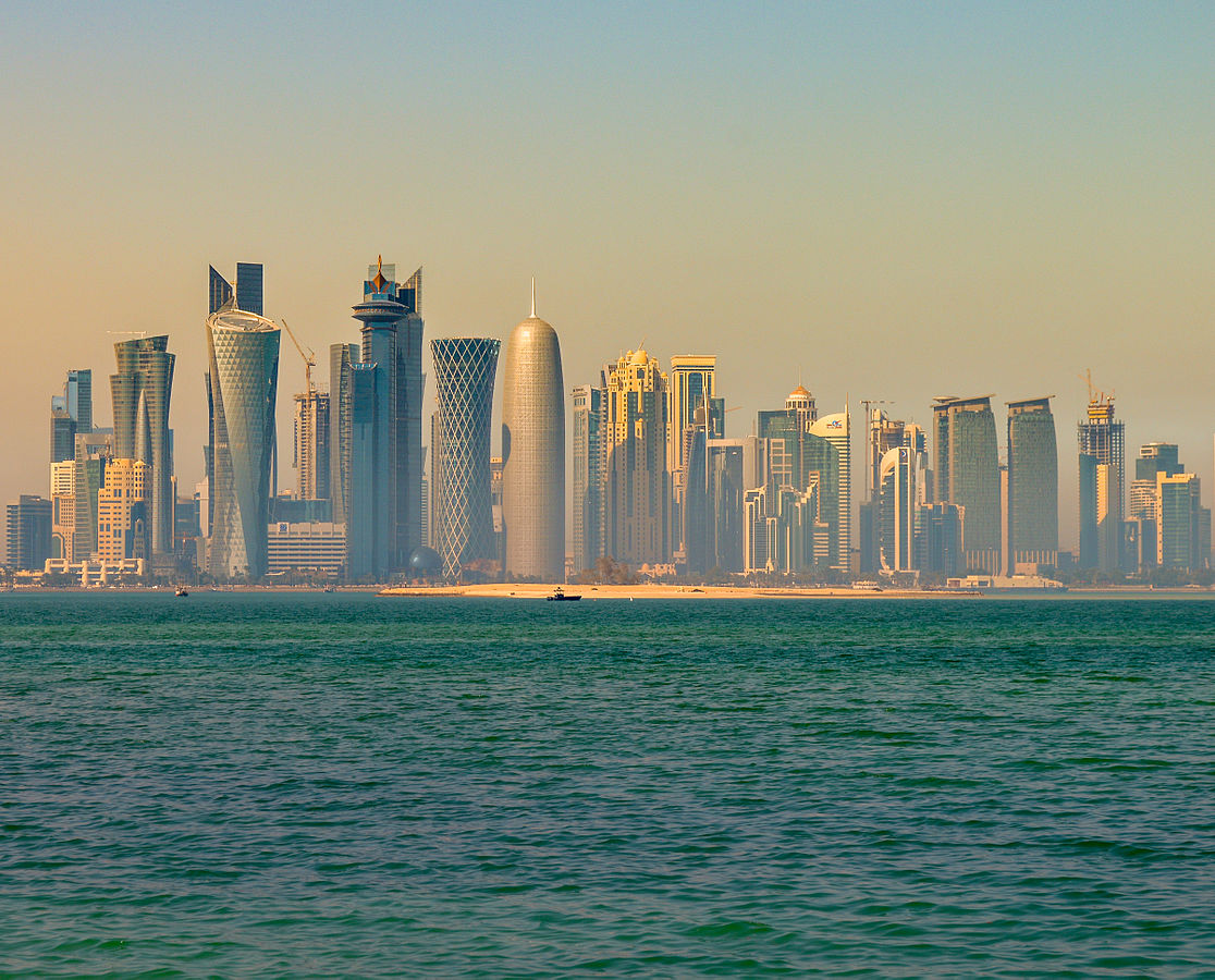 1116px-Doha_skyline_in_the_morning_(12544910974)