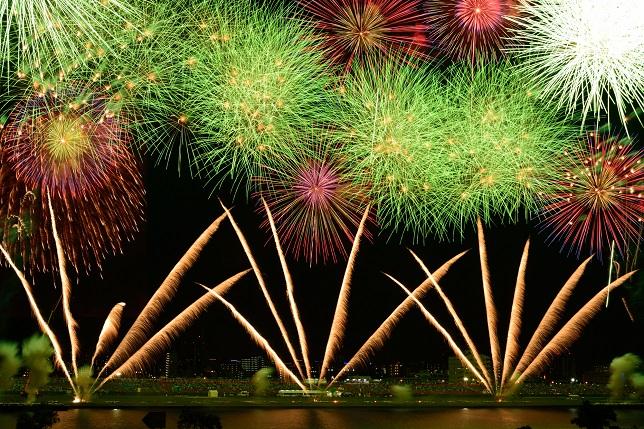 fireworks_adachi_starthome